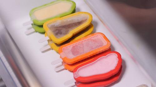 Jäätelömuotti,pinottava,keltainen