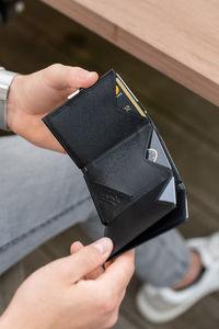 Nahkalompakko, Black RFID