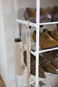 Tower kenkähylly kannella valk.