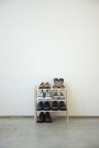 Plain kenkäteline pidennettävä valk